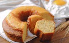 La torta di ricotta e mandorle da gustare a colazione