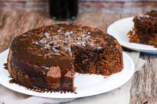 Torta ubriaca: vino rosso e cioccolato fondente