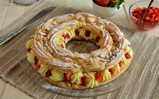 Zeppolone di San Giuseppe: crema alla vaniglia e fragole
