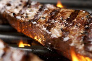 Come cuocere una bistecca al contrario