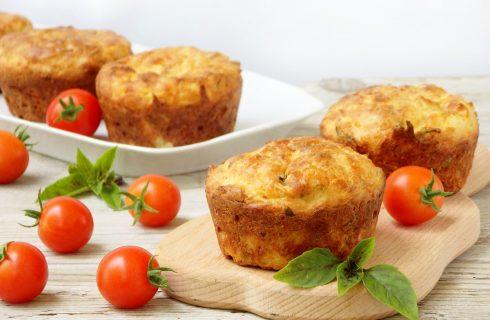 I muffin ai quattro formaggi per l'aperitivo