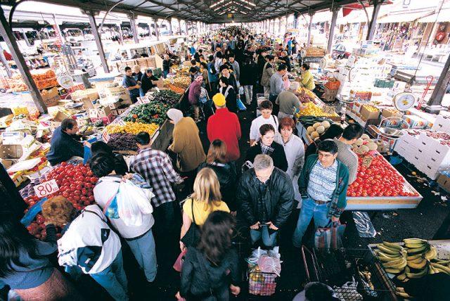 queen-vic-market