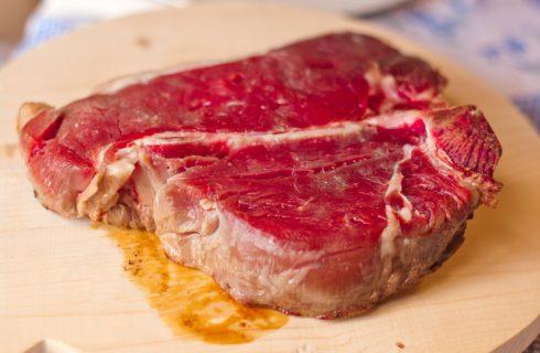 Scottona e chianina, la differenza tra i due tipi di carne e come cucinarle