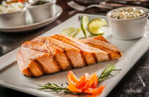 La ricetta del trancio di salmone alla griglia