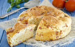 Pizza rustica di Santa Chiara: impasto soffice e saporito