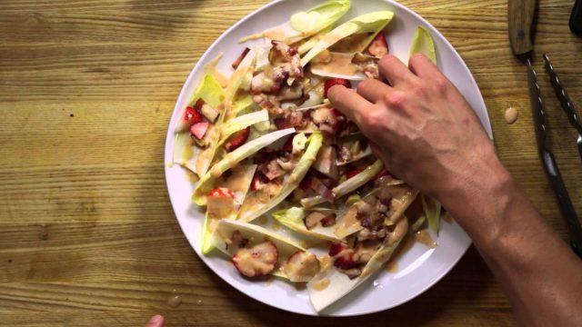 hand-salad-3
