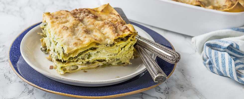Lasagne primavera vegetariane con carciofi e asparagi