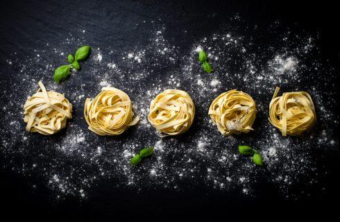 Qual è la porzione pasta fresca a persona?