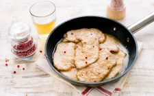 scaloppine-alla-birra-still_life
