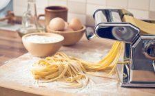 La ricetta delle tagliatelle fatte in casa per 2 persone