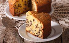 La ricetta della torta soffice con ricotta e cioccolato