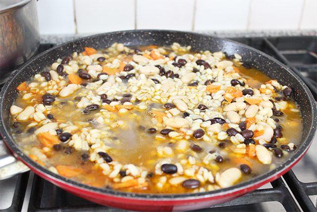 zuppa-orzo-e-fagioli-foto4