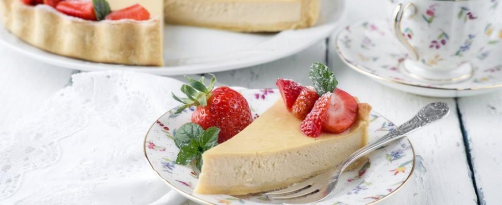Cheesecake senza lattosio alle fragole, ricetta vegana