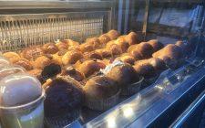 Diventare street food: il babà a Napoli
