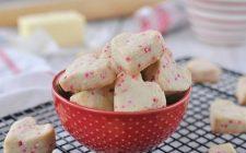 La ricetta dei biscotti al burro per la Festa della mamma