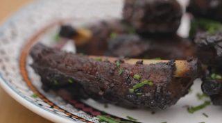 Costine di maiale con BBQ, gusto intenso e deciso