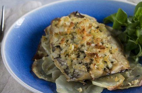I filetti di sgombro al forno gratinati per un secondo sfizioso