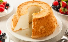 La torta soffice degli angeli, la ricetta facile per la Festa della mamma