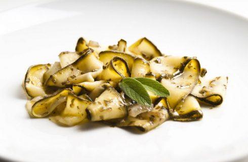 Come preparare le zucchine fritte in agrodolce