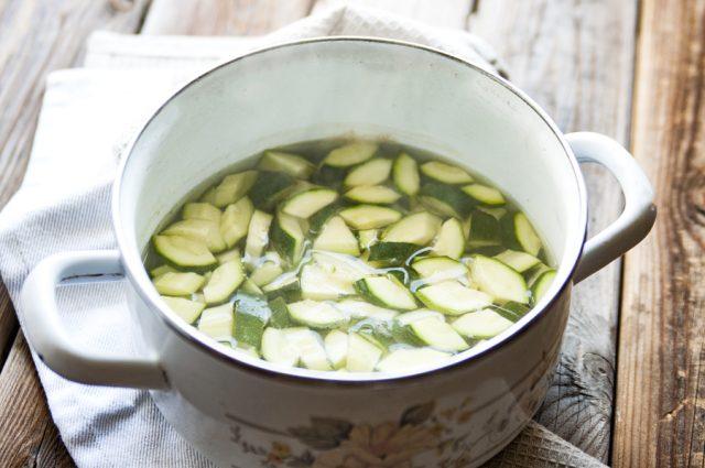 zucchine-sottolio-step-2
