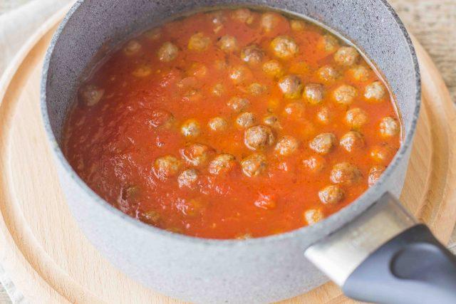 step-6-spaghetti-alla-chitarra-con-pallottine