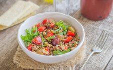 still-life-insalata-fredda-di-lenticchie-e-pomodorini