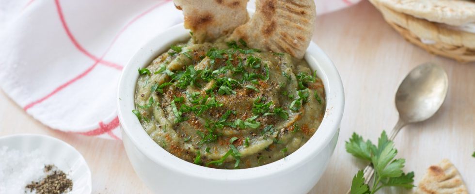 Hummus di melanzane: la ricetta facile