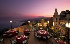 Fud Hub: le cene stellari a Taormina