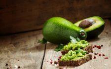 I crostini con crema di avocado con la ricetta facile e veloce