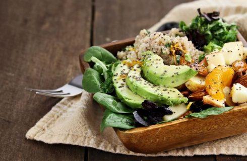 Insalata con avocado: 8 ricette da provare