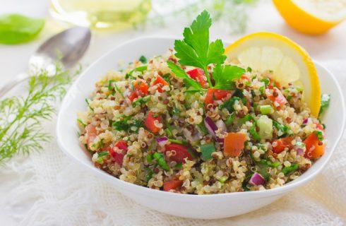 L'insalata di bulgur e quinoa con la ricetta da provare