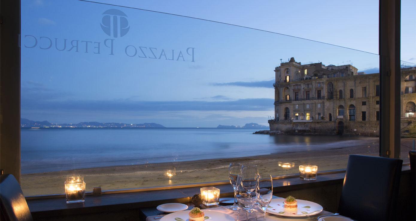 Napoli: 9 ristoranti per mangiare all\'aperto e godersi l\'estate ...