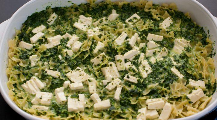 Come preparare la pasta cicoria e pecorino con la ricetta veloce
