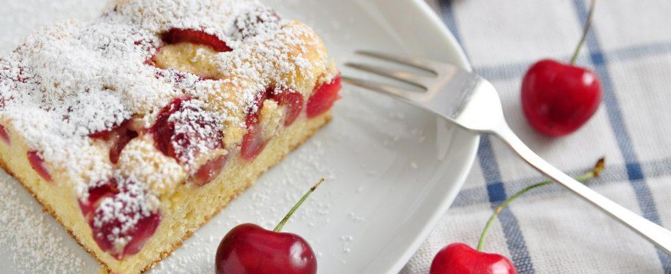 Plumcake alle ciliegie senza burro, la ricetta light
