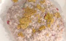 Il risotto con prosecco e melagrana, la video ricetta della Prova del cuoco