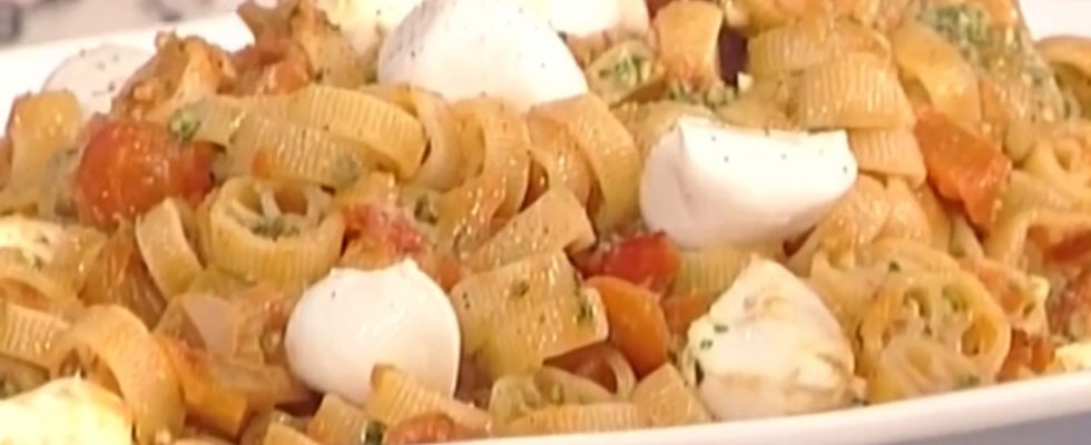 Ruote rosse al peperone: la video ricetta della Prova del Cuoco
