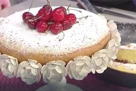 La video ricetta della torta di ciliegie in padella della Prova del Cuoco