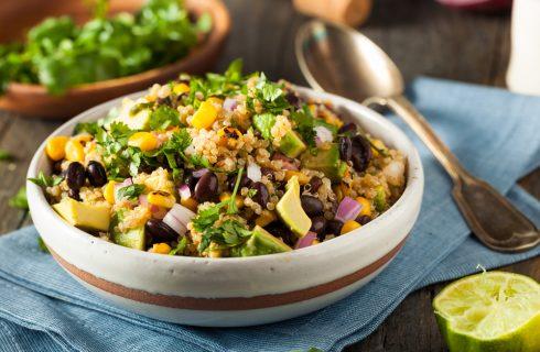 Insalata messicana di quinoa, per pranzo
