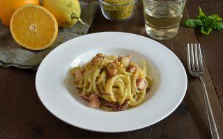 Pasta con il polpo, agrumi e pistacchi