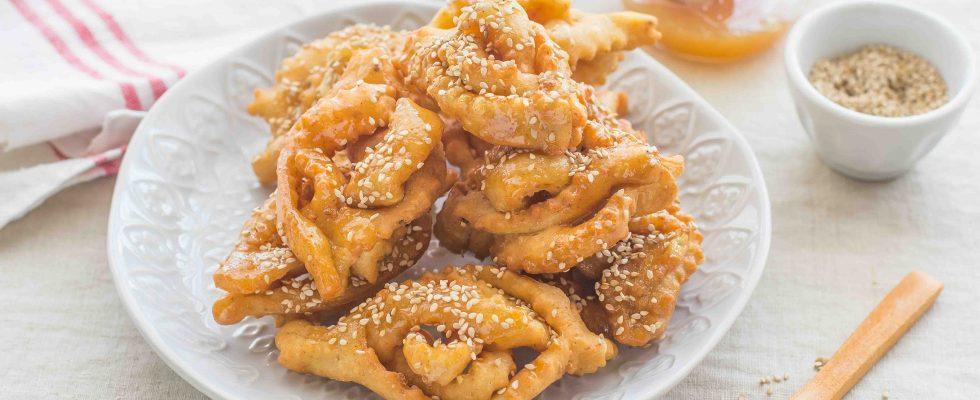 Shebakia, biscotti fritti dal Marocco