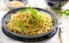 La pasta con il pesto di acciughe con la ricetta di Nigella Lawson