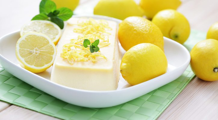 La ricetta del semifreddo lime e menta perfetto per l'estate