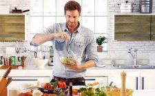 Uomini in cucina: meglio soli...