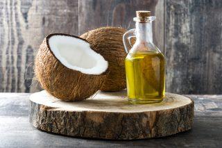 Ma l'olio di cocco fa davvero male?