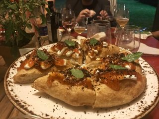 Pizza classica VS pizza gourmet: perché possiamo avere entrambe