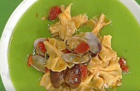 Le farfalle ai frutti di mare su crema di piselli con la video ricetta della Prova del Cuoco