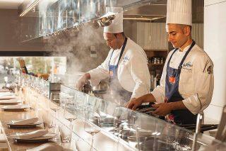 Napoli: apre Seafront, il pasta bar del Pastificio Di Martino con Peppe Guida