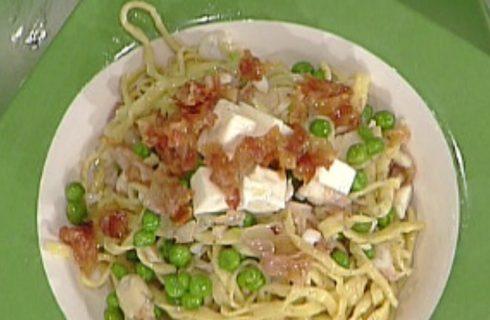Tagliolini alla gricia di spigola con piselli: la video ricetta della Prova del Cuoco
