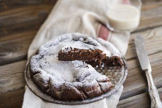 Torta magica alla Nutella, con due ingredienti