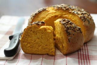 Pane alla zucca: fragrante e salutare